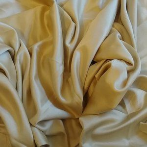 2 panel curtains in shade of GOLD